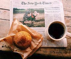 the art of slow living Coffee Love, Coffee Break, Morning Coffee, Coffee Shop, Coffee Cups, Coffee Muffins, Morning Morning, Morning Light, Black Coffee