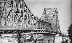 View of the almost completed Story Bridge, Brisbane, 1940 by State Library of Queensland, Australia, via Flickr Brisbane River, Brisbane Cbd, Bridge Construction, University Of Sydney, Historical Pictures, Sydney Harbour Bridge, Old Photos, Jane Wilson, Beautiful Places