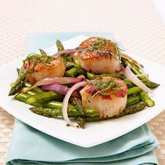 Pan-Seared Scallops with Lemon Vinaigrette - Click image to find more Food & Drink Pinterest pins