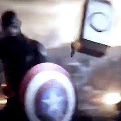 literally the greatest moment of my life was seeing captain america with mjolnir Marvel Girls, Marvel Avengers, Marvel Comics, Marvel News, Marvel Heroes, Captain Marvel, Marvel Jokes, Deathstroke, Marvel Universe