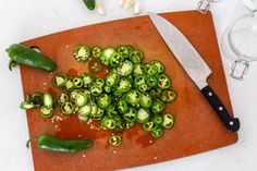 Pickled Jalapeños (10 Minutes Only) - Momsdish Pickling Jalapenos, Pickling Cucumbers, Pickled Beets, Pickled Red Onions, Chilli Pickle Recipe, Asada Tacos, Jalapeno Recipes