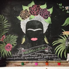 One more chalk experience! This time inspired by the only one: Frida Kahlo > for the party 'Frida Kahlo is in the House' at @tofiqhouse #design #creative #typography #chalkboard #artsclub #art #fridakahlo #mexico #draw #creative #institutotomieohtake