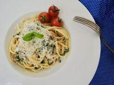 Pesto, Spaghetti, Treats, Vegan, Ethnic Recipes, Food, Sweet Like Candy, Goodies, Eten