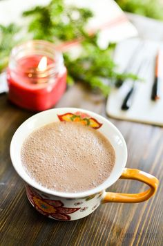 Dreamy Hot Chocolate Dairy free and Sugar free. It's the perfect blend of sweetness and creaminess and you won't miss the dairy or sugar! THM-S - MamaShire.com