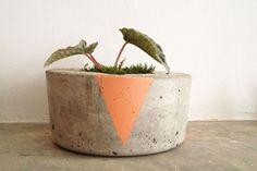 Image of striped concrete planter  plant plantpot diy beton