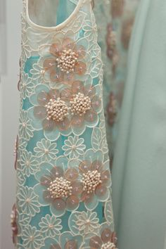 Fabric/ Delpozo details