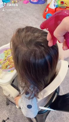 Easy Toddler Hairstyles, Easy Little Girl Hairstyles, Girls Hairdos, Kids Curly Hairstyles, Baby Girl Hairstyles, Harry Styles Hair, Long Hair Styles, Haircuts For Little Girls, Soccer Hair