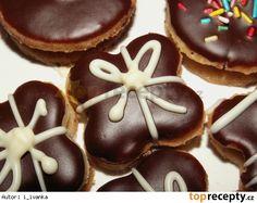 Oříškové dárečky Christmas Baking, Christmas Cookies, Czech Recipes, Honey Cake, Desert Recipes, Gingerbread Cookies, Baked Goods, Sweet Tooth, Food And Drink