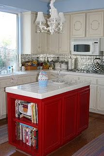Love the combination of red, blue, and white.