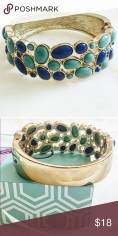 NWOT Banana Republic Bracelet Teal and Royal Blue Banana Republic bangle bracelet! This bracelet is so stunning,but sadly it's a little too big for my tiny wrists! I purchased this NWT from @shopherposh(be sure to check out her awesome closet!),and it is in perfect condition. I removed the tags,but it has not been worn other than to try on. Hinge Closure.   Retails for $40❤️ Banana Republic Jewelry Bracelets