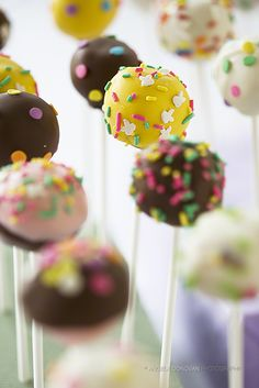 Cake pops is the way to go to perk up your dining table or dessert corner at your next spring party. You can use your own cake recipe (from scratch) or a box of cake mix. Then add homemade icing or store bought frosting, some lollipop sticks and candy wafers... and you're all set to go!
