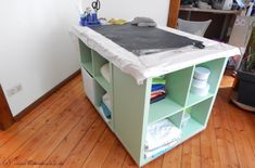 DIY Sewing Table - The Space Wonder for the sewing room- DIY Nähtisch – Das Raumwunder fürs Nähzimmer Sewing table from Kallax shelves - Diy Sewing Table, Diy Table, Ikea Table, Kallax Shelf, Costura Diy, Decoration Ikea, Ikea I, Kallax Regal, Idee Diy