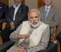 नरेंद्र दामोदरदास मोदी यांना भाजपने पंतप्रधानपदाचे उमेदवार जाहीर केल्यानंतर देशातील अनेक सर्व्हेक्षणांमध्येही 63 वर्षीय मोदीच या पदाचे प्रबळ दावेदार असल्याचे स्पष्ट होत आहे. मात्र मोदींनी एकट्याने इथपर्यंतचा प्रवास केला आहे का? Read more at visit@- http://www.divyamarathi.com