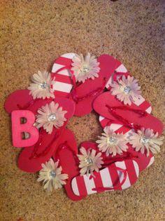 7328e348f94d3e Snaps of Ginger  DIY Flip-flop Wreath Valentine Wreath