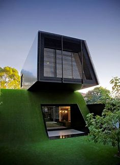 home sweet (green) home.....I would love 2 side the inside