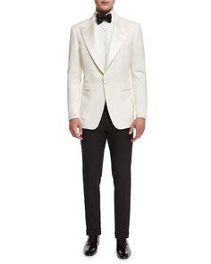 Neiman Marcus Store, White Tuxedo Jacket, Tom Ford Clothing, Velvet Dinner Jacket, Burberry Men, Gucci Men, White Toms, Bespoke Suit, Tom Ford Men