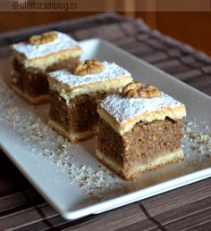 Hungarian Cuisine, Hungarian Recipes, Sweet Cookies, Cake Cookies, Poppy Cake, Romanian Food, Specialty Foods, Cookie Recipes, Food And Drink