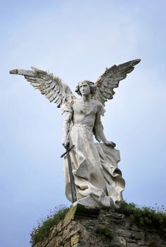 103 best angel statues images on pinterest in 2018 angel sculpture