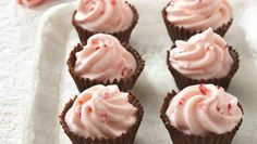 Chocolate and peppermint are perfect partners that come together in mini treats that satisfy a sweet tooth.
