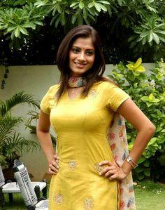 Indian Film Actress, South Indian Actress, Indian Actresses, Sindhu Tolani, Preety Girls, Most Beautiful Indian Actress, Indian Beauty Saree, Telugu, Boobs