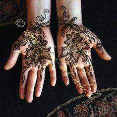 Reflective mehndi or henna on the palms | Flickr - Photo Sharing!