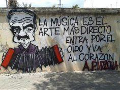 La música es el arte más directo, entra por el oido y va al corazón.