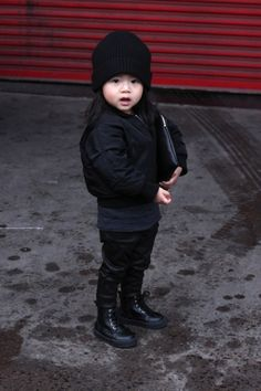 WHY IS SHE SO ADORABLE, I WANT TO PINCH HER CHEEKS. This is what my children will look like.