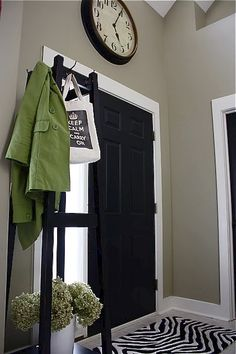 Painting the inside of door black? And I like this wall color for hallway