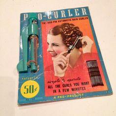 Vintage 1930s Pro-Curler on Original Card - Deadstock