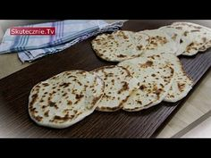 Domowe chlebki naan :: Skutecznie.Tv [HD] - YouTube Lunch Recipes, Healthy Recipes, Healthy Food, Savoury Baking, Vegetarian Lunch, Vegan Gluten Free, Dishes, Cooking, Desserts