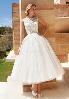 Glamorous Ball Gown Tulle & Lace Tea Length Bateau Neck Wedding Dress With Sash/ Ribbon