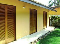 Janelas e portas venezianas