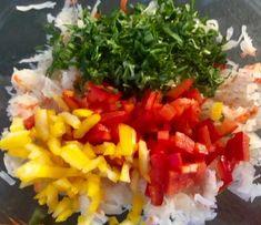 Surówka z kiszonej kapusty - Blog z apetytem Seaweed Salad, Salsa, Food And Drink, Mexican, Ethnic Recipes, Blog, Blogging, Salsa Music, Mexicans