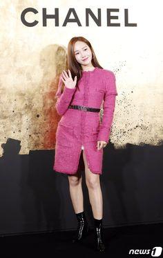 Jessica 2019 Fashion Runway Show, Pop Fashion, Girl Fashion, Womens Fashion, Yuri, Asian Woman, Asian Girl, Chanel News, Jessica Jung
