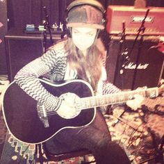 Recording a new song...