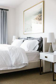 Interior Design Minimalist, Modern Minimalist Bedroom, Modern Bedroom Decor, Minimalist Home Decor, Modern House Design, Home Design, Bedroom Ideas, Design Ideas, Modern Decor