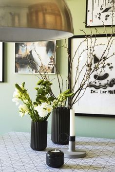 Farve: G05 Artiskok fra Dyrup (væg). Artikel: Det personlige familiekøkken (Bolig Magasinet).