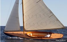 Herreshoff Watch Hill 15 -- my favorite boat builder. The lines on this are perfect. Classic Sailing, Classic Yachts, Yacht Design, Boat Design, Wooden Sailboat, Wooden Boat Building, Wood Boats, Wooden Ship, Yacht Boat
