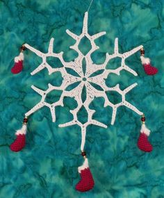 Christmas Snowflake (includes pattern for stockings to use independently or w/snowflake)