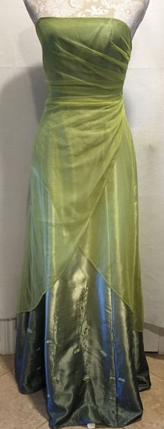 Morgan & Co. Long Prom Homecoming Formal Green Sleeveless Mesh Dress Sz 5/6…
