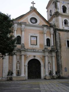 Church of San Agustin (Baroque Church), Manila: the only structure in Intramuros that survived the World War II bombardment