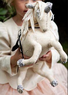 licorne Tara Mogendorff