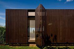 Casa HS na Quinta da Baroneza Bragança Paulista / Brazil / 2012  Studio Arthur Casas Principal Architect