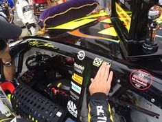 .@JeffGordonWeb makes sure winner sticker #2 of the season gets added to the No. 24 machine! #DoubleTime -KC pic.twitter.com/cW8ITLkYdf