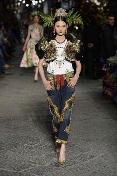 ОСЕНЬ-ЗИМА 2016/2017 / COUTURE / НЕДЕЛЯ МОДЫ: ПАРИЖ Dolce & Gabbana – Форум об Италии