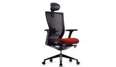 Silla modelo T500HLDAU  Silla Respaldo en malla con cabecera en color negro, bazos ajustables, asiento tapizado en tela gris o roja estructura color negro marca Fursys.