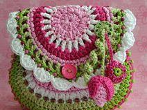 Garden scene purse - crochet pattern