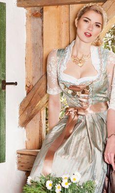 AlpenHerz Dirndl Lena Gold-Türkis