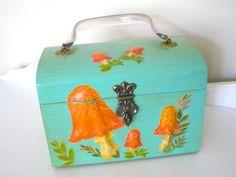 Vintage Box Purse - Mod Mushrooms - Turquoise - 60's - NehiandZotz. $45.00, via Etsy.