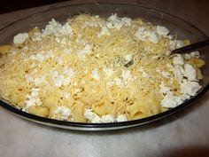 Εύκολο, γρήγορο, με υπέροχη γεύση !!! Τορτελίνια στο φούρνο με διάφορα τυριά!!! ~ ΜΑΓΕΙΡΙΚΗ ΚΑΙ ΣΥΝΤΑΓΕΣ Cookbook Recipes, Cooking Recipes, Macaroni And Cheese, Recipies, Food And Drink, Pasta, Vegetables, Ethnic Recipes, Lunch Time